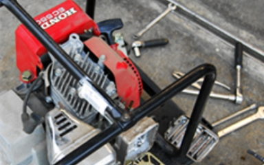 工具のプロ集団だから、自社メンテナンスOK!メーカーに修理依頼する必要が無いから!