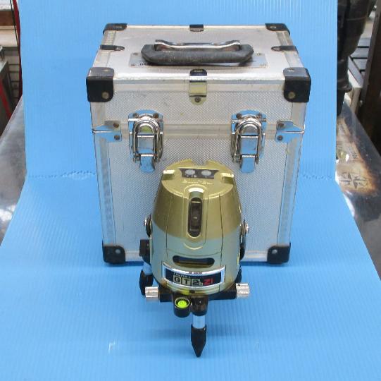 タジマレーザー墨出し器